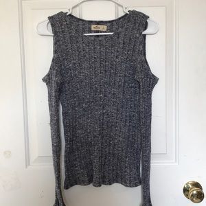 Hollister - Grey Size Large top
